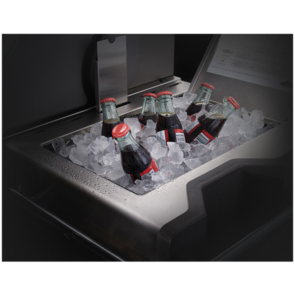 prestigepro-3-integrated-ice-bucket-cutting-board